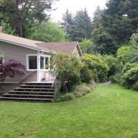 Seawoods Farmhouse 2.5 Bedroom Home