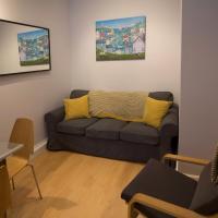 3 Bedroom Flat in south centre of Edinburgh Sleeps 6