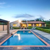 Tora Bay Exclusive Estate