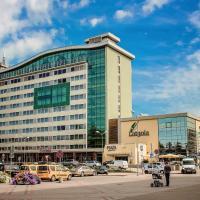 Park Hotel Latgola </h2 </a <div class=sr-card__item sr-card__item--badges <div class= sr-card__badge sr-card__badge--class u-margin:0  data-ga-track=click data-ga-category=SR Card Click data-ga-action=Hotel rating data-ga-label=book_window:  day(s)  <i class= bk-icon-wrapper bk-icon-stars star_track  title=3 estrelas  <svg aria-hidden=true class=bk-icon -sprite-ratings_stars_3 focusable=false height=10 width=32<use xlink:href=#icon-sprite-ratings_stars_3</use</svg                     <span class=invisible_spoken3 estrelas</span </i </div   <div class=sr-card__item__review-score style=padding: 8px 0  <div class=bui-review-score c-score bui-review-score--inline bui-review-score--smaller <div class=bui-review-score__badge aria-label=Com nota 8,6 8,6 </div <div class=bui-review-score__content <div class=bui-review-score__title Fabuloso </div </div </div   </div </div <div class=sr-card__item   data-ga-track=click data-ga-category=SR Card Click data-ga-action=Hotel location data-ga-label=book_window:  day(s)  <svg aria-hidden=true class=bk-icon -iconset-geo_pin sr_svg__card_icon focusable=false height=12 role=presentation width=12<use xlink:href=#icon-iconset-geo_pin</use</svg <div class= sr-card__item__content   Daugavpils • <span 100 m </span  do centro </div </div </div </div </div </li <div data-et-view=cJaQWPWNEQEDSVWe:1</div <li id=hotel_1783441 data-is-in-favourites=0 data-hotel-id='1783441' class=sr-card sr-card--arrow bui-card bui-u-bleed@small js-sr-card m_sr_info_icons card-halved card-halved--active   <div data-href=/hotel/lv/biplan-city.pt-br.html onclick=window.open(this.getAttribute('data-href')); target=_blank class=sr-card__row bui-card__content data-et-click=  <div class=sr-card__image js-sr_simple_card_hotel_image has-debolded-deal js-lazy-image sr-card__image--lazy data-src=https://q-cf.bstatic.com/xdata/images/hotel/square200/172077580.jpg?k=f723c822768e1860c5cddadaa8198a74e89f4c866c0cf7fba1213acf10247413&o=&s=1,https://q-cf.bstatic.com/xdata/images