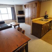 Apex Mountain Inn Suite 221-222 Condo