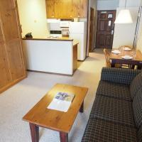 Apex Mountain Inn Suite 103-104 Condo