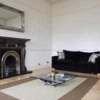 4 Bedroom Apartment in City Centre Sleeps 8