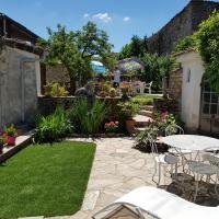 TOURNUS Belle maison vue sur Saône
