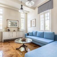 Spacious Apartment in Plaka, Athens (A3)