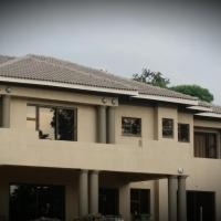 Bryanston Drive Elegant house