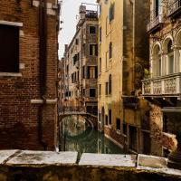 Luxury and romantic secret escape in Venice!