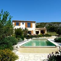 Magnifique Propriété avec Piscine Privée Chauffée, superbe vue sur les oliveraies des Alpilles, située à Mouriès, 10 personnes, LS1-174 ESPANTO