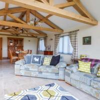 Bittern Cottage </h2 </a <div class=sr-card__item sr-card__item--badges <div class= sr-card__badge sr-card__badge--class u-margin:0  data-ga-track=click data-ga-category=SR Card Click data-ga-action=Hotel rating data-ga-label=book_window:  day(s)  <span class=bh-quality-bars bh-quality-bars--small   <svg class=bk-icon -iconset-square_rating fill=#FEBB02 height=12 width=12<use xlink:href=#icon-iconset-square_rating</use</svg<svg class=bk-icon -iconset-square_rating fill=#FEBB02 height=12 width=12<use xlink:href=#icon-iconset-square_rating</use</svg<svg class=bk-icon -iconset-square_rating fill=#FEBB02 height=12 width=12<use xlink:href=#icon-iconset-square_rating</use</svg<svg class=bk-icon -iconset-square_rating fill=#FEBB02 height=12 width=12<use xlink:href=#icon-iconset-square_rating</use</svg </span </div   <div style=padding: 2px 0    </div </div <div class=sr-card__item   data-ga-track=click data-ga-category=SR Card Click data-ga-action=Hotel location data-ga-label=book_window:  day(s)  <svg alt=Property location  class=bk-icon -iconset-geo_pin sr_svg__card_icon height=12 width=12<use xlink:href=#icon-iconset-geo_pin</use</svg <div class= sr-card__item__content   Wicken • <span 2,300 feet </span  from center </div </div </div </div </div </li <li class=bui-card bui-u-bleed@small bh-quality-sr-explanation-card <div class=bh-quality-sr-explanation <span class=bh-quality-bars bh-quality-bars--small   <svg class=bk-icon -iconset-square_rating fill=#FEBB02 height=12 width=12<use xlink:href=#icon-iconset-square_rating</use</svg<svg class=bk-icon -iconset-square_rating fill=#FEBB02 height=12 width=12<use xlink:href=#icon-iconset-square_rating</use</svg<svg class=bk-icon -iconset-square_rating fill=#FEBB02 height=12 width=12<use xlink:href=#icon-iconset-square_rating</use</svg<svg class=bk-icon -iconset-square_rating fill=#FEBB02 height=12 width=12<use xlink:href=#icon-iconset-square_rating</use</svg </span A new Booking.com quality rating for home and apartment-like pr