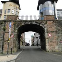Tri ard house Derry city centre town house