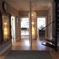Lutton Place Apartment