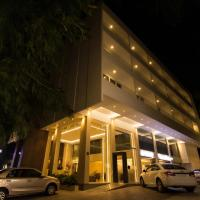 Roopa Elite, hotel in Mysore