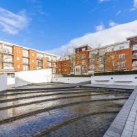Merrick House Apartments - Two Bedroom Balcony Apartments