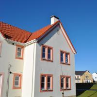 The Neuk- contemporary coastal apartment