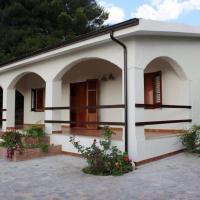 La casa dei mandorli, villa in collina, tra Cefalù e Palermo