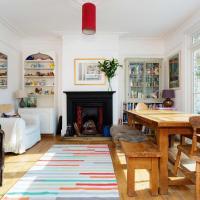 Veeve - Netherton Family House