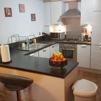 Cozy Apartment at Hawkhill
