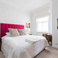 Elegant flat for 4 nearby Olympia and Earls Court