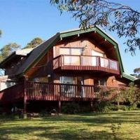 Sublime Cedar Lodge Leura
