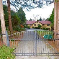 Lynwood House Estate