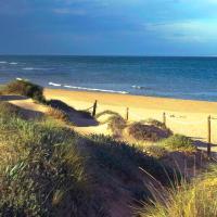 Pinada Beach IV, 1-12