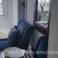 Exhibitionist Apartments by theKeyCollections