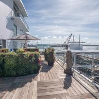 Princes Wharf 1BR Apartment with an Amazing Deck