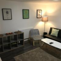 Tooting Broadway Deluxe Apartment