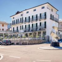 Residence Riva del Lario