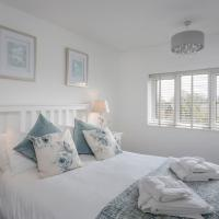 Newly Refurbished 2 bed - Free WiFi, Sleeps 6
