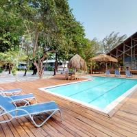 Casa Coloroa @ Palmetto Bay