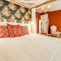 LUXa CharmHouse Hotel