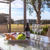 Condo 105 @ Horizons Golf Resort - Salamander Bay NSW
