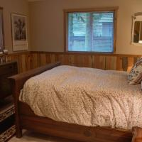 Eagle Falls lodge Three-Bedroom Chalet