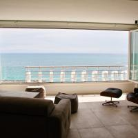 Stunning Views Architect Beach Apartment