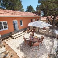 Apartments and mobile homes Makarska