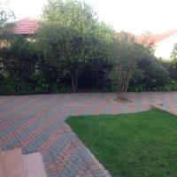 Vinolux Guest House