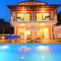 Korunaklı Villa Doğal