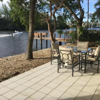 Intracoastal waterfront Bungalo