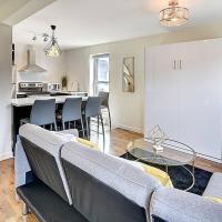 Brand New Suite on Avenue Parc #303