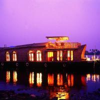 Soma Hamsam House Boat