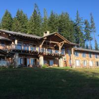 Wood Mountain Lodge