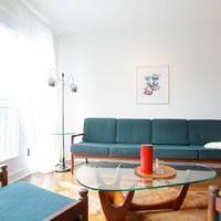 Mile-End Bohemian 1-Bedroom Apartment