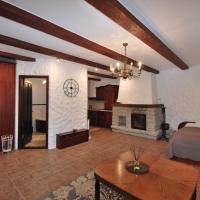 Deluxe Old Town Studio Apartment
