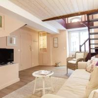 Elegant and spacious apartment in Old Antibes