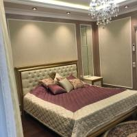 Luxury 5 bedroom apartment near Park Pobedy