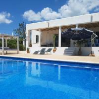Villa Suki Ibiza: Outstanding location, great value!