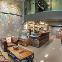Sloth Hostel Don Mueang