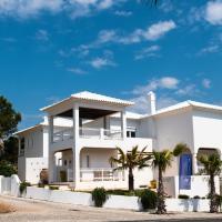 Guesthouse Villa Kochab, hôtel à Tróia