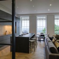 Luxurious Royal York Crescent Apartment